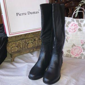 NIB Pierre Dumas Tall Boots w/ Full side zipper